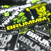 brummm-sicker-01-900-close