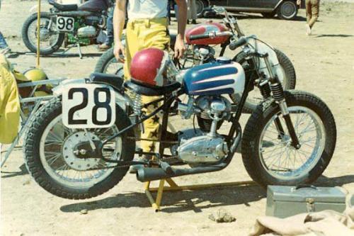 swanson-frame-flat-track-vintage-ducati-short-tracker-250